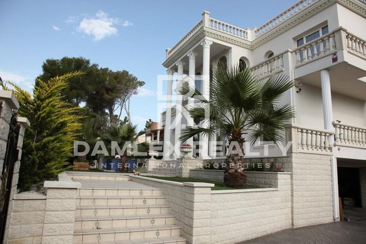 Haus zu verkaufen in Calonge, 4 schlafzimmer, Grundstücksgrösse 850 m2