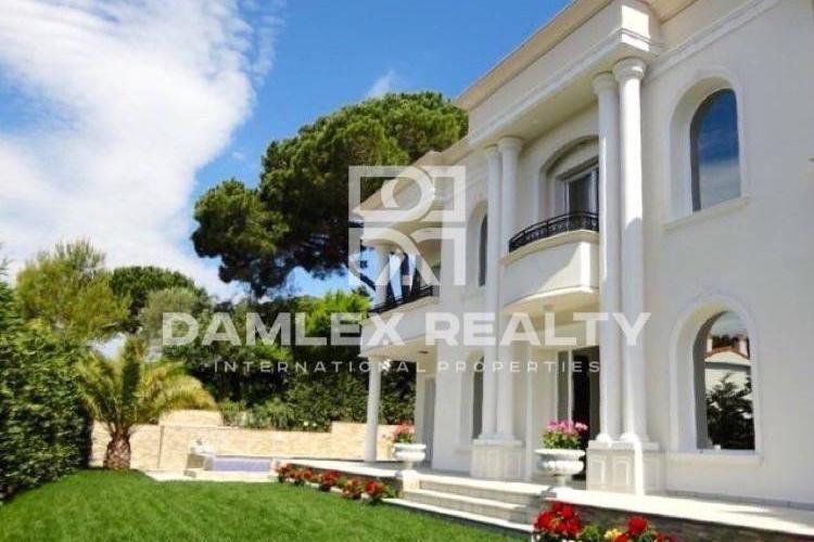 """Haus zu verkaufen in Platja d""""Aro, 5 schlafzimmer, Grundstücksgrösse 900 m2"""
