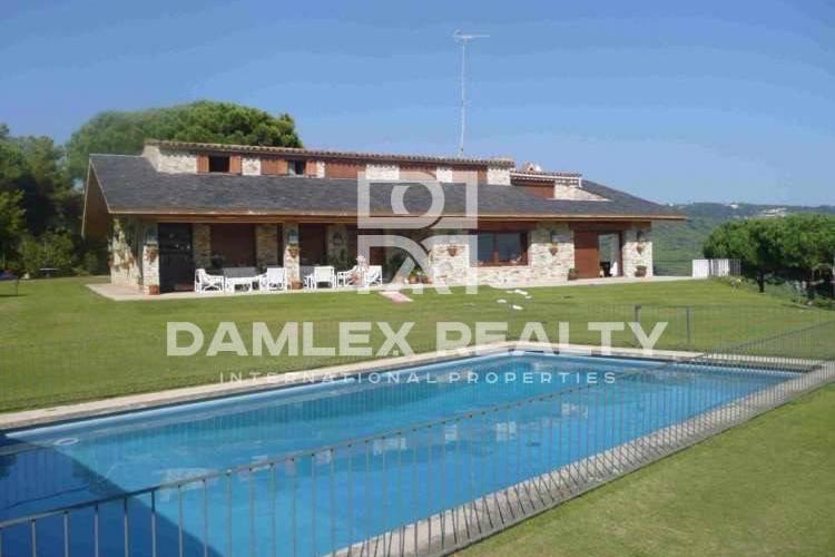 Haus zu verkaufen in Sant Andreu de Llavaneres, 6 schlafzimmer, Grundstücksgrösse 7800 m2