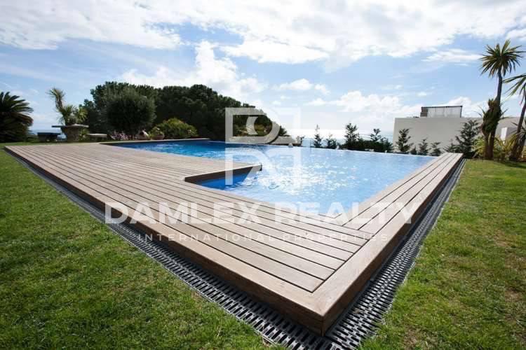 Haus zu verkaufen in San Vicente de Montalt, 6 schlafzimmer, Grundstücksgrösse 2090 m2