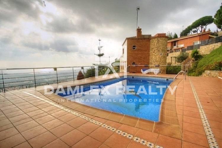 Haus zu verkaufen in Alella, 5 schlafzimmer, Grundstücksgrösse 5000 m2