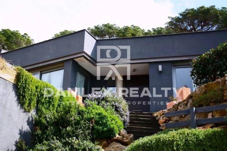 Haus zu verkaufen in Cabrils, 5 schlafzimmer, Grundstücksgrösse 1250 m2
