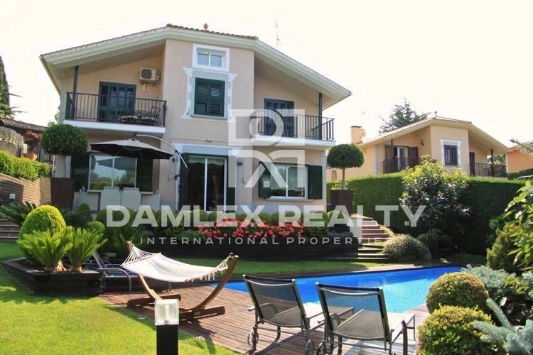 Haus zu verkaufen in San Vicente de Montalt, 5 schlafzimmer, Grundstücksgrösse 880 m2