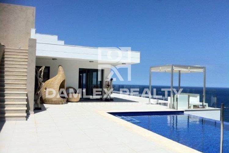 Haus zu verkaufen in Begur, 6 schlafzimmer, Grundstücksgrösse 1680 m2