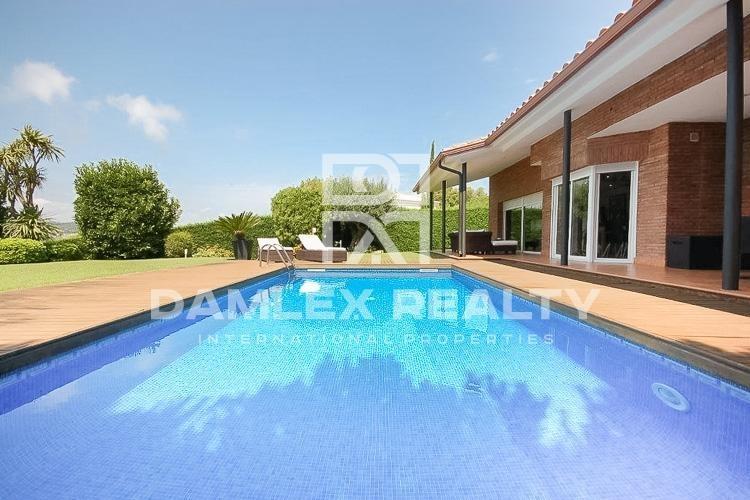 """Haus zu verkaufen in S""""Agaró, 4 schlafzimmer, Grundstücksgrösse 800 m2"""