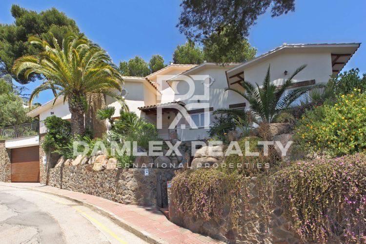 Haus zu verkaufen in Blanes, 4 schlafzimmer, Grundstücksgrösse 930 m2