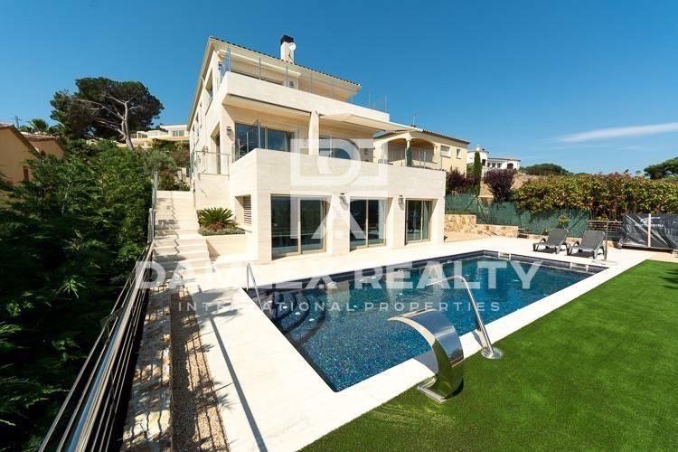 Haus zu verkaufen in Calonge, 6 schlafzimmer, Grundstücksgrösse 974 m2