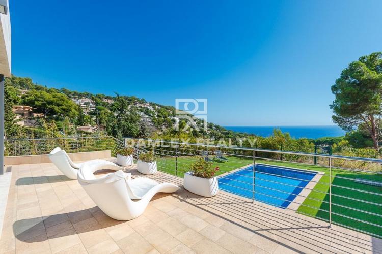 Haus zu verkaufen in Blanes, 4 schlafzimmer, Grundstücksgrösse 828 m2