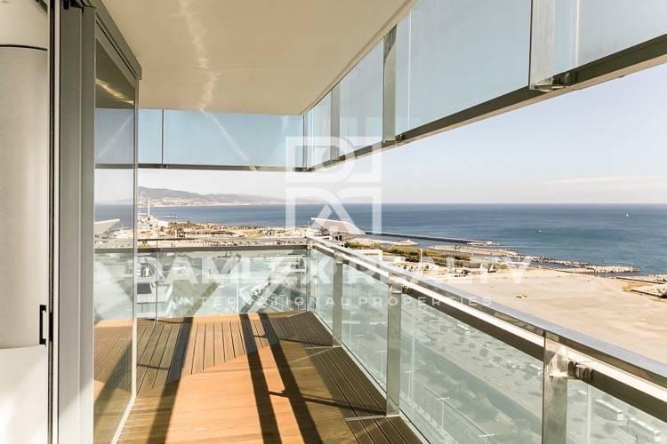 Wohnung, 3 schlafzimmer, zu verkaufen in Barcelona in Meeresnähe, Wohnung in Barcelona