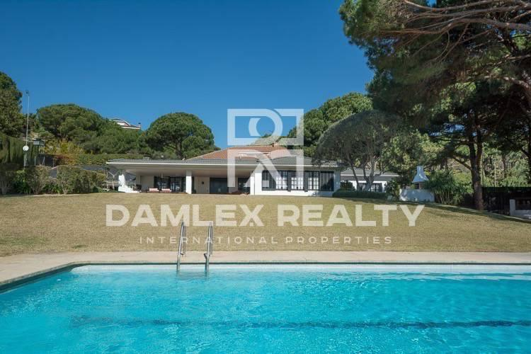Haus zu verkaufen in Sant Andreu de Llavaneres, 7 schlafzimmer, Grundstücksgrösse 5000 m2