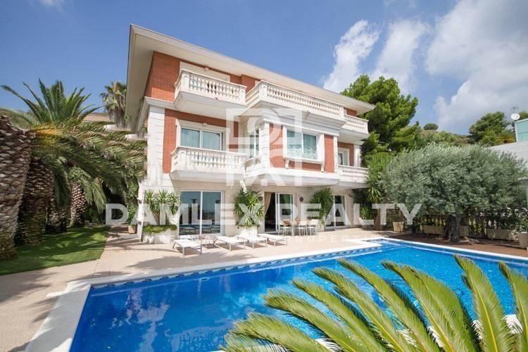 Haus zu verkaufen in Haus in Barcelona, 5 schlafzimmer, Grundstücksgrösse 1200 m2