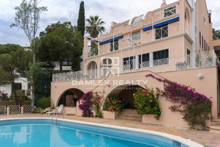 Haus zu verkaufen in Blanes, 5 schlafzimmer, Grundstücksgrösse 1200 m2