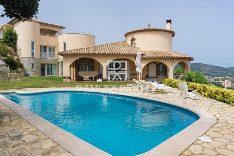 Haus zu verkaufen in Calonge, 5 schlafzimmer, Grundstücksgrösse 1800 m2
