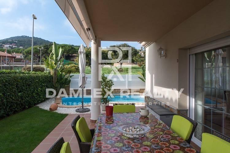 Haus zu verkaufen in Vilassar de Dalt, 6 schlafzimmer, Grundstücksgrösse 474 m2