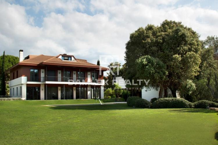 Haus zu verkaufen in Alella, 5 schlafzimmer, Grundstücksgrösse 3178 m2
