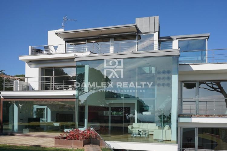 Haus zu verkaufen in Vilassar de Dalt, 6 schlafzimmer, Grundstücksgrösse 1584 m2