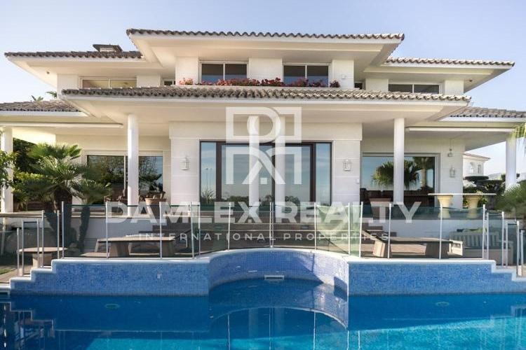 Haus zu verkaufen in Alella, 5 schlafzimmer, Grundstücksgrösse 1917 m2