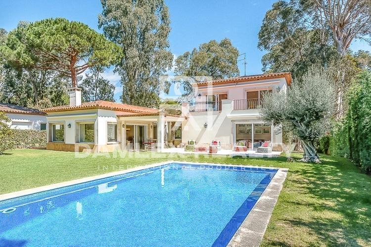 """Haus zu verkaufen in S""""Agaró, 5 schlafzimmer, Grundstücksgrösse 1400 m2"""