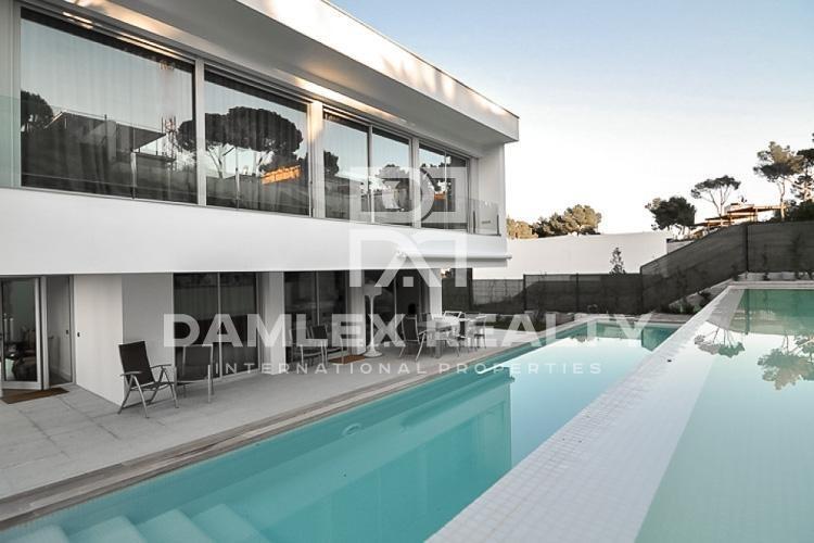 Haus zu verkaufen in Calonge, 3 schlafzimmer, Grundstücksgrösse 1000 m2