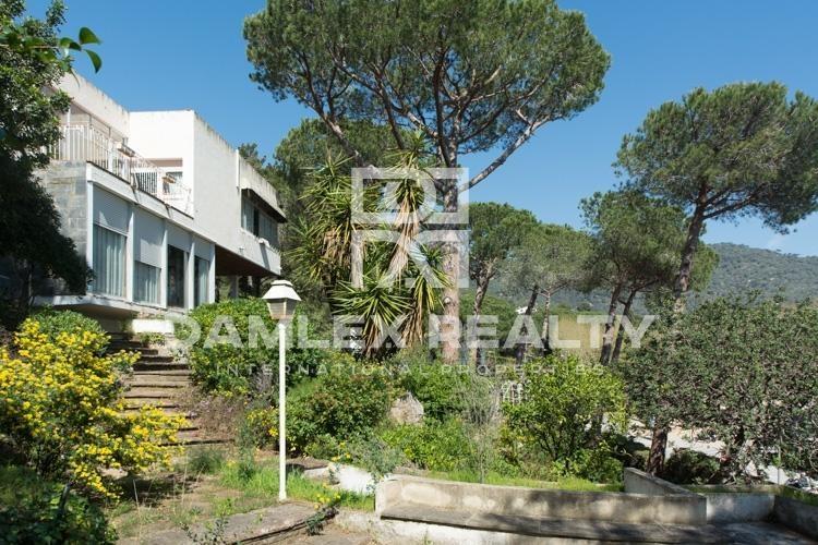 Haus zu verkaufen in Premia de Dalt, 6 schlafzimmer, Grundstücksgrösse 2151 m2