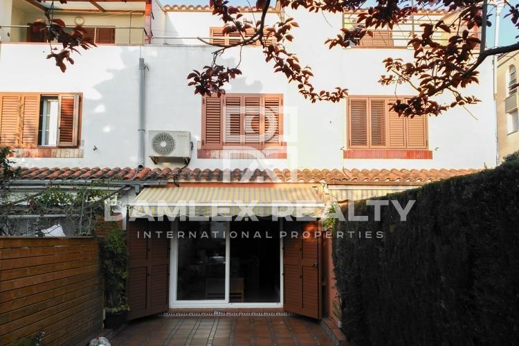 Townhouse 350 meters from the beach