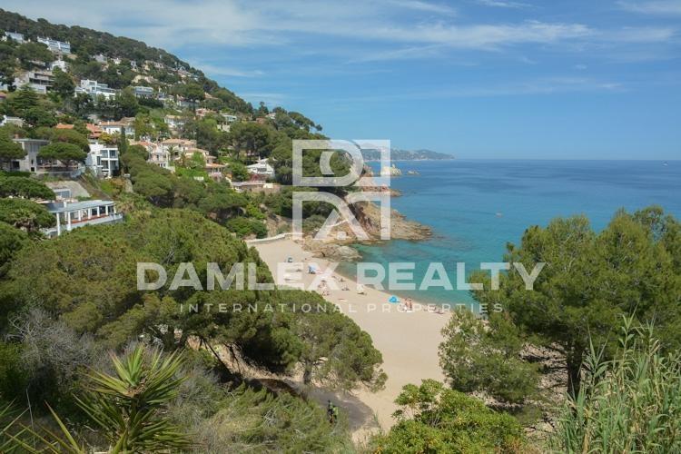 Grundstück 2143m2, zu verkaufen in Blanes, Costa Brava