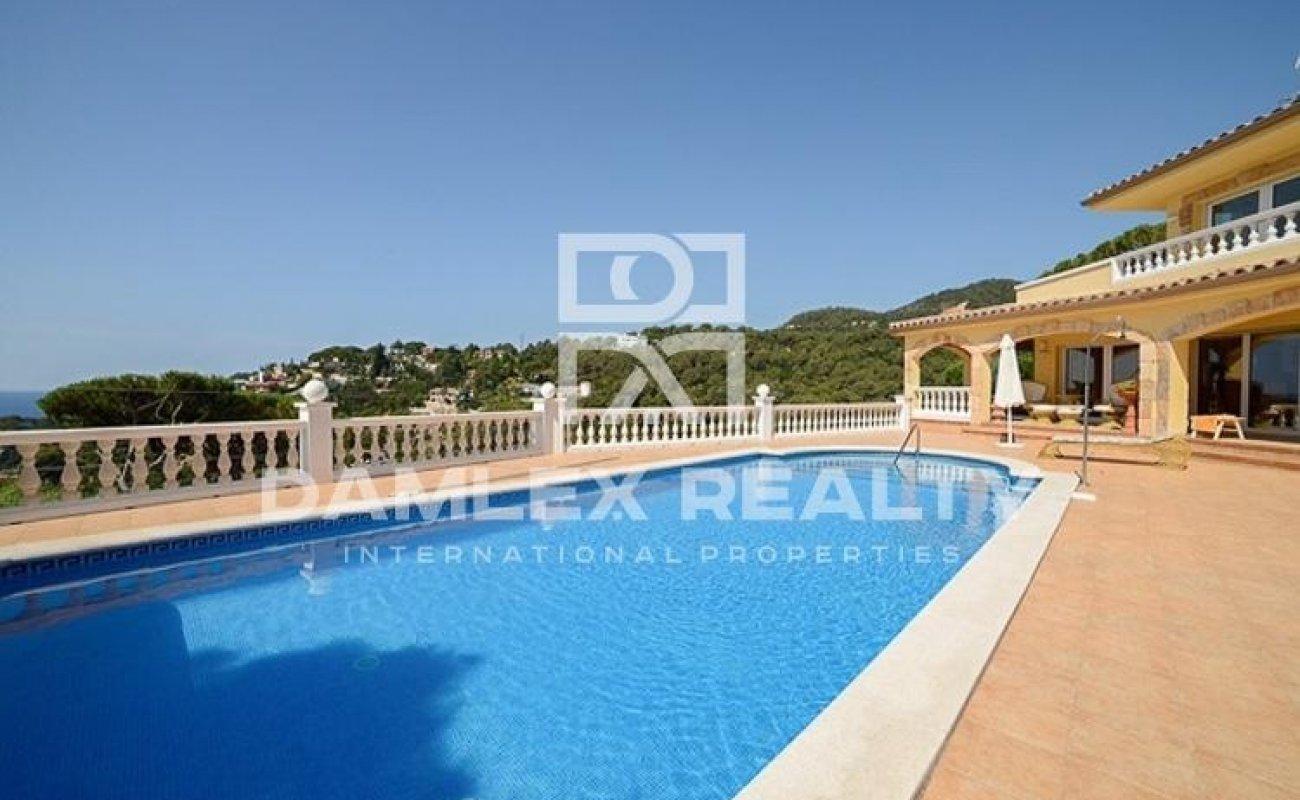 Haus zu verkaufen in Tossa de Mar, 3 schlafzimmer, Grundstücksgrösse 2000 m2