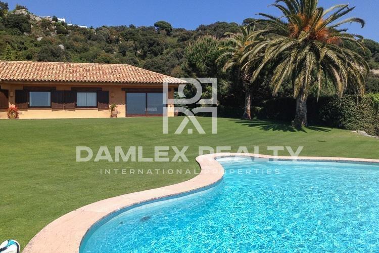 Haus zu verkaufen in Sant Andreu de Llavaneres, 7 schlafzimmer, Grundstücksgrösse 2640 m2