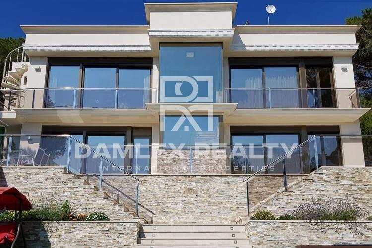 Haus zu verkaufen in Calonge, 5 schlafzimmer, Grundstücksgrösse 600 m2