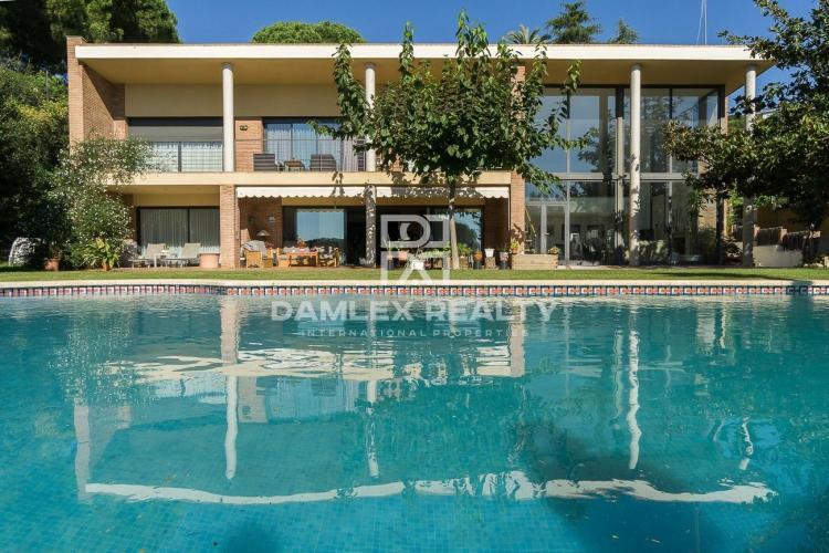 Haus zu verkaufen in Sant Andreu de Llavaneres, 5 schlafzimmer, Grundstücksgrösse 3100 m2