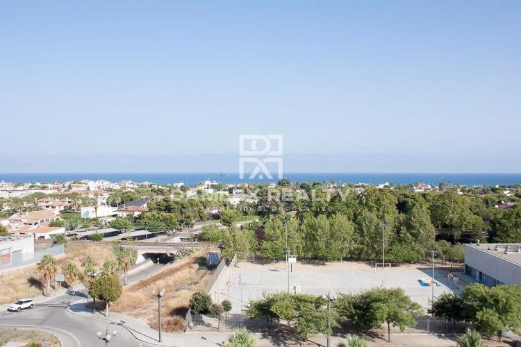 Penthouse with sea views in Sitges
