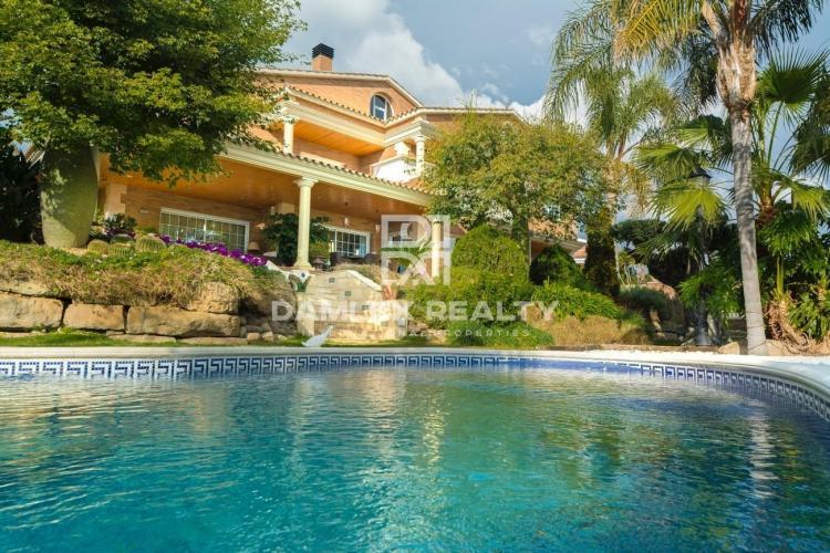 Haus zu verkaufen in Premia de Dalt, 6 schlafzimmer, Grundstücksgrösse 1096 m2