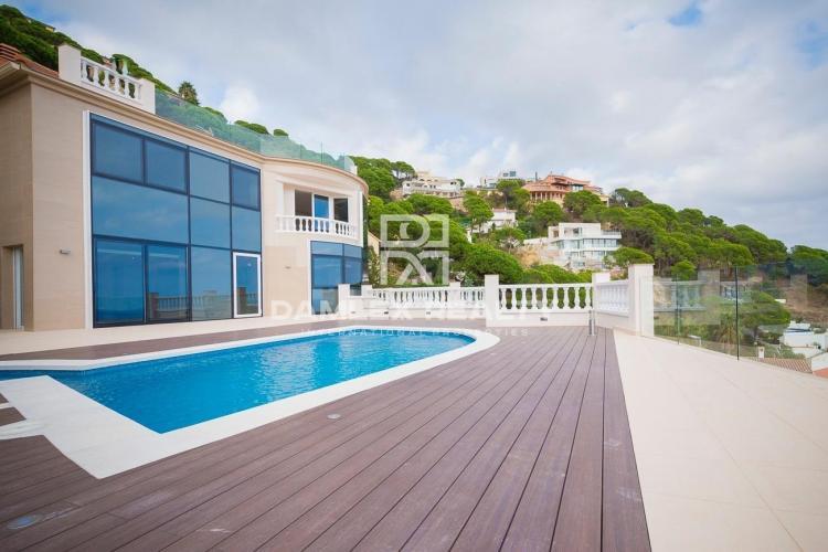 Haus zu verkaufen in Lloret de Mar, 4 schlafzimmer, Grundstücksgrösse 1100 m2