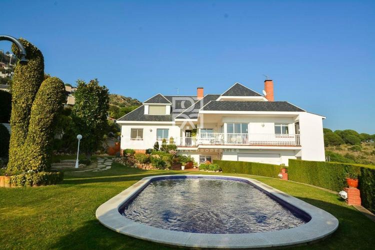 Haus zu verkaufen in Alella, 3 schlafzimmer, Grundstücksgrösse 1100 m2