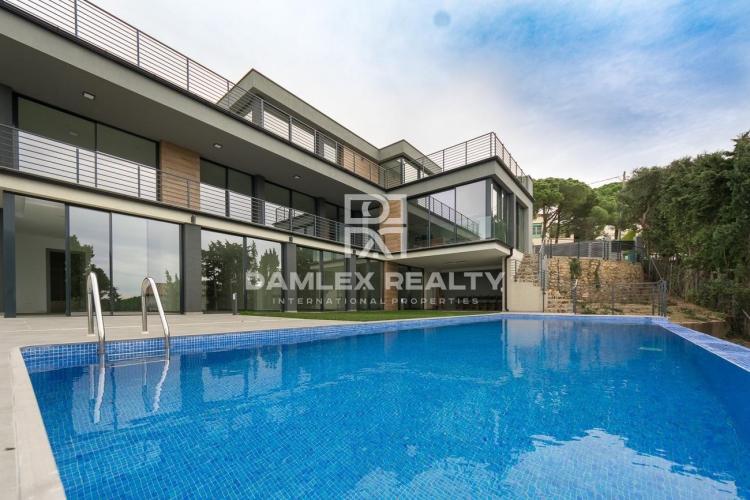 Haus zu verkaufen in Lloret de Mar, 7 schlafzimmer, Grundstücksgrösse 1300 m2