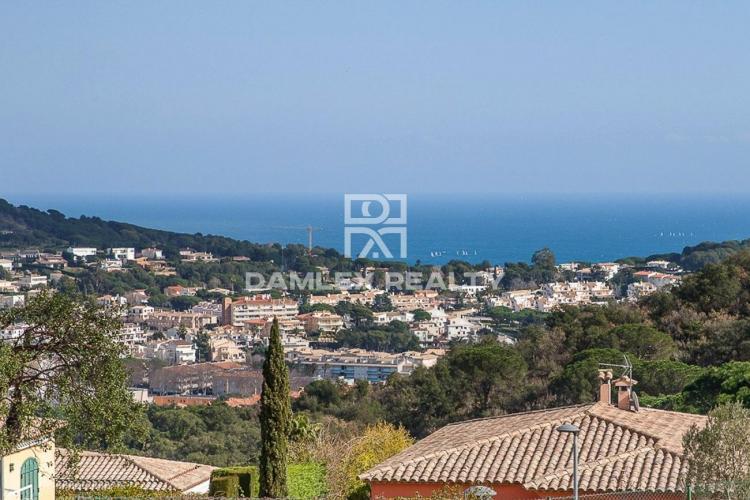 Haus zu verkaufen in Sant Feliu de Guixols, 4 schlafzimmer, Grundstücksgrösse 800 m2