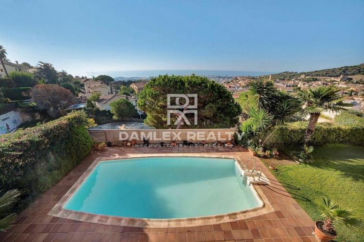 Haus zu verkaufen in Vilassar de Dalt, 7 schlafzimmer, Grundstücksgrösse 850 m2