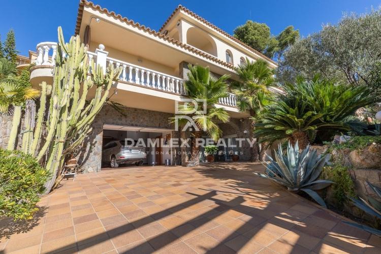 Haus zu verkaufen in Blanes, 4 schlafzimmer, Grundstücksgrösse 966 m2
