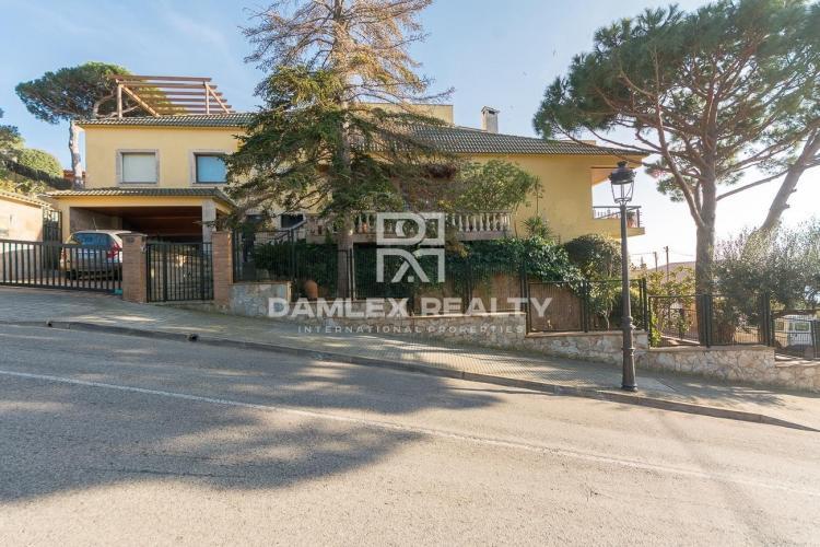 Haus zu verkaufen in Sant Feliu de Guixols, 4 schlafzimmer, Grundstücksgrösse 703 m2