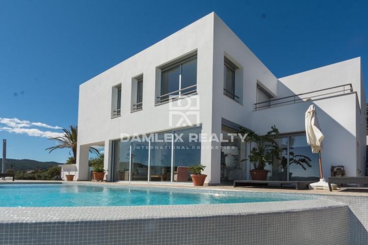 Haus zu verkaufen in Calonge, 5 schlafzimmer, Grundstücksgrösse 768 m2