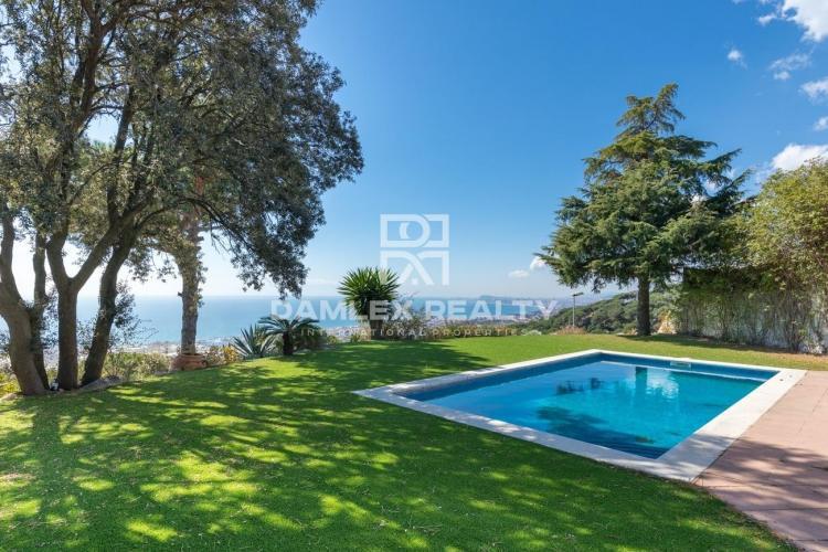 Haus zu verkaufen in Premia de Dalt, 3 schlafzimmer, Grundstücksgrösse 907 m2