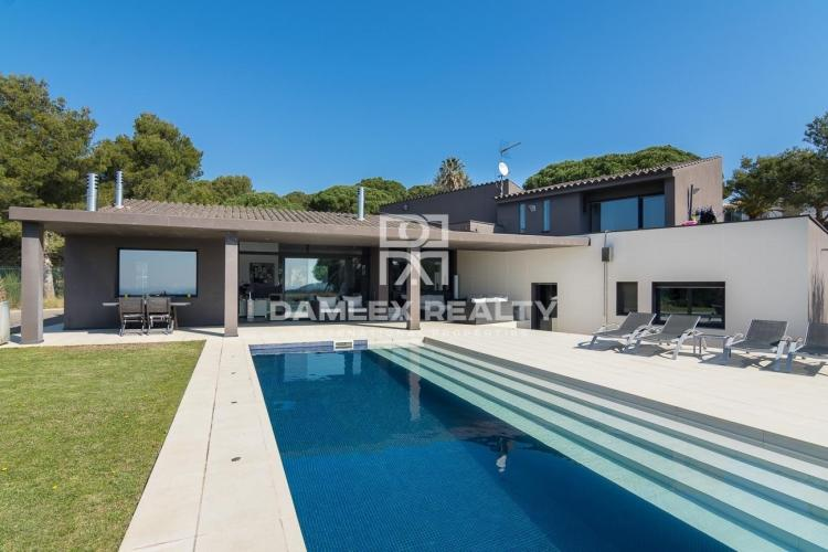 Haus zu verkaufen in Begur, 4 schlafzimmer, Grundstücksgrösse 1420 m2