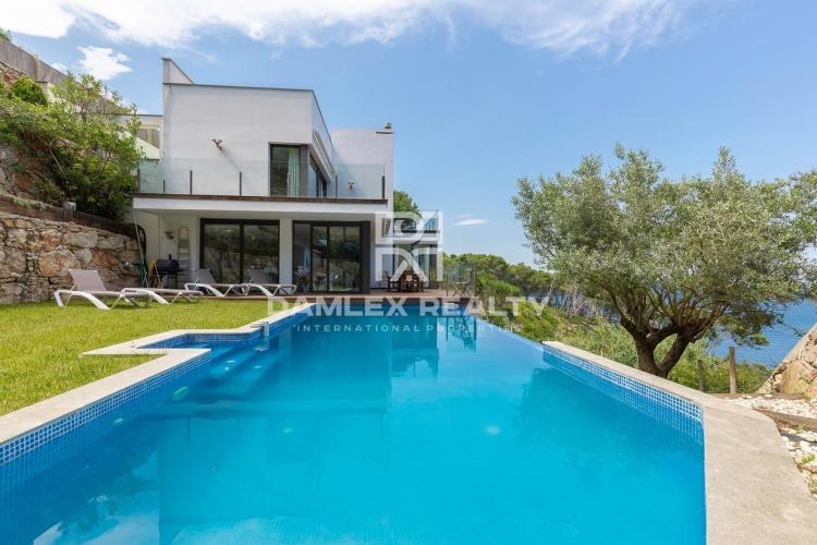 Haus zu verkaufen in Begur, 5 schlafzimmer, Grundstücksgrösse 861 m2