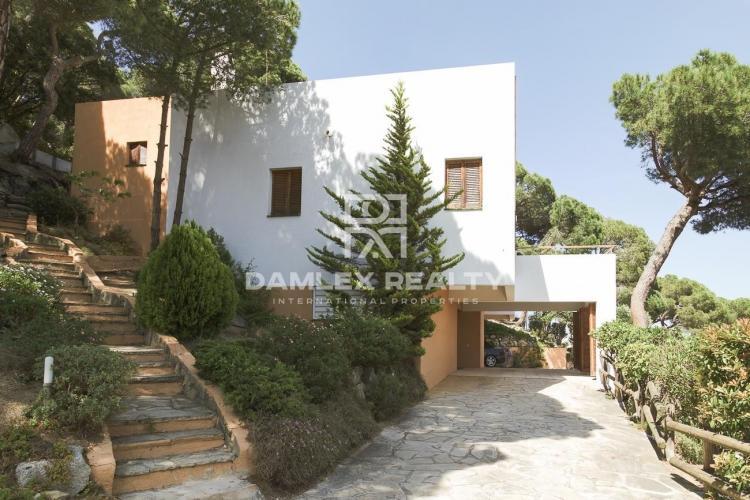 Haus zu verkaufen in Premia de Dalt, 5 schlafzimmer, Grundstücksgrösse 1900 m2