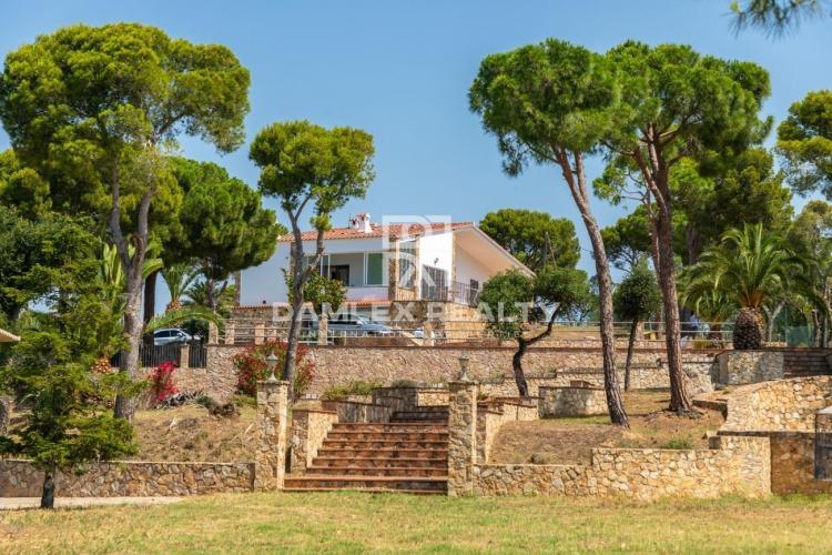 """Haus zu verkaufen in Platja d""""Aro, 4 schlafzimmer, Grundstücksgrösse 30000 m2"""