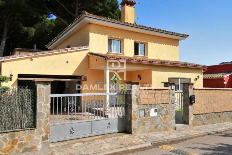 Haus zu verkaufen in Calonge, 4 schlafzimmer, Grundstücksgrösse 547 m2