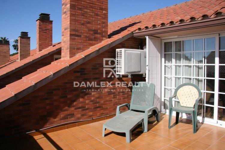 Haus zu verkaufen in Premia de Dalt, 4 schlafzimmer, Grundstücksgrösse 100 m2