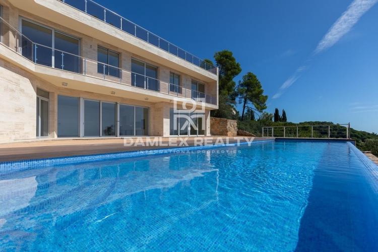 Haus zu verkaufen in Tossa de Mar, 5 schlafzimmer, Grundstücksgrösse 2294 m2