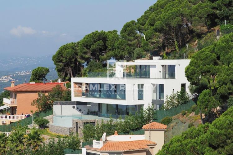 Haus zu verkaufen in Lloret de Mar, 3 schlafzimmer, Grundstücksgrösse 1091 m2