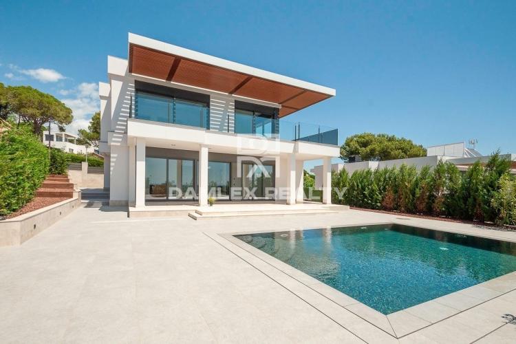 Haus zu verkaufen in Calonge, 4 schlafzimmer, Grundstücksgrösse 607 m2